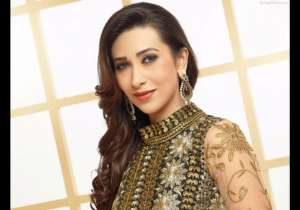 karisma kapoor facts bday- India Tv