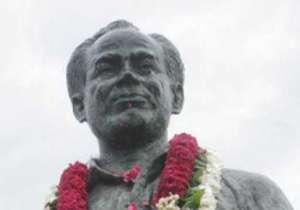 MPs demand Bharat Ratna for Dhyan Chand- India Tv