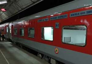 Waitlisted passengers can travel in Rajdhani, Shatbadi at- India Tv