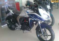yamaha fazer fi 2.0 spotted at gurgaon dealership priced rs