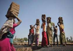 panel suggests flexible labour laws in its report to