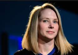 with 800 million monthly users yahoo ceo touts turnaround