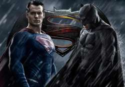 henry cavill denies move to split batman v superman
