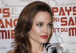 jolie never wanted to direct