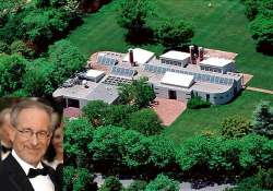 steven spielberg puts his malibu mansion on rent