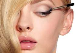 basic eye make up tricks to lift your look