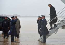 hurricane sandy disrupts presidential campaign one week left