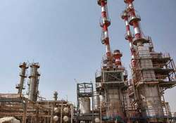 iran asks india to clear 6.5 billion oil dues within 2