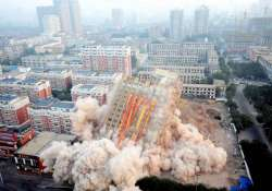 five star chinese hotel demolished in minutes