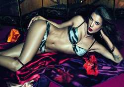 world s top 10 countries having the sexiest women