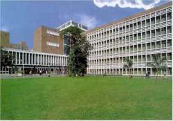 aiims conducts workshop on knee joint surgeries on women