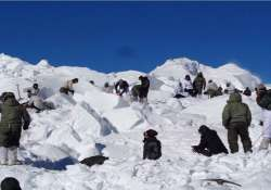 siachen 150 soldiers two canines and a mighty rescue