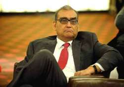 markandey katju objects to justice dave s statement on gita