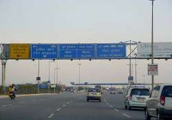 noida delhi dnd flyway made toll free during peak hours