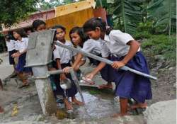 20 children fall ill after drinking water in bihar school