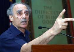 arun shourie openly supports fdi in retail sector