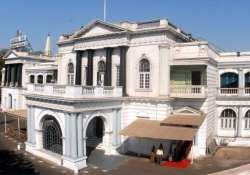 tn assembly wants india to boycott commonwealth summit in sl