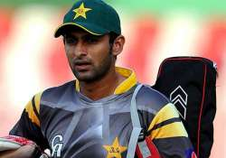 shoaib malik fears chucking calls reluctant to play world