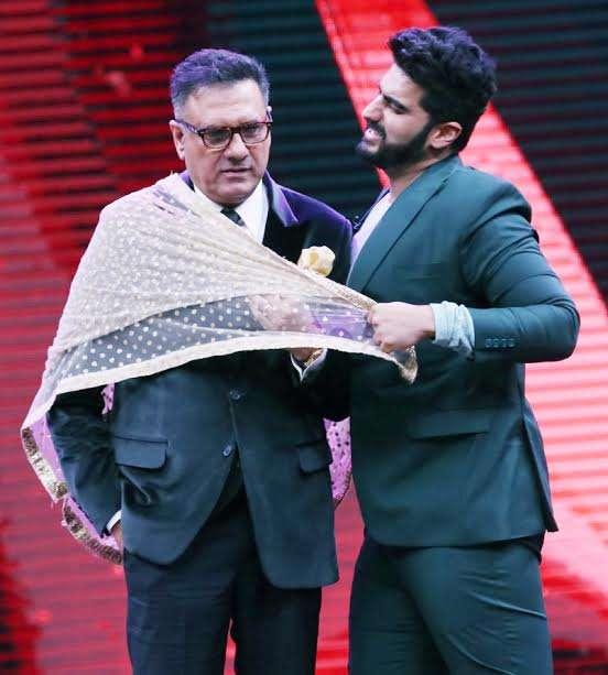 Now, movie buffs want to see both the actors together in a film. Arjun is on a promotional spree these days as Mubarakan is going to hit the screens by the end of this month.