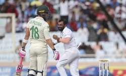 South Africa's captain Faf du Plessis, left, looks back