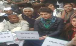 Priyanka Gandhi leads Congress protest at India Gate