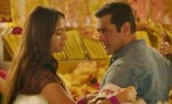 Salman Khan's romantic andaaz with Saiee Manjrekar in Dabangg 3 song Naina Lade
