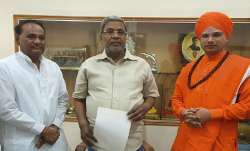 Shri Shantabhishma Chaudharya Swamiji visited him and blessed for his speed recovery