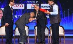 Video: Infosys co-founder Narayana Murthy touches Ratan
