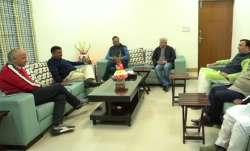 Kejriwal calls ministers-designate for dinner ahead of