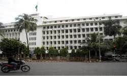 Maharashtra govt transfers five senior IAS officers