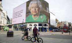 An image of Queen Elizabeth II and quotes from her historic TV broadcast commenting on the coronavir