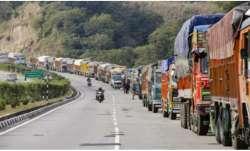 Jammu-Srinagar NH partially restored to allow trucks carrying essential supplies to reach Kashmir