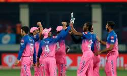 Live Score Rajasthan Royals vs Sunrisers Hyderabad IPL 2020: Warner departs early in 155 chase