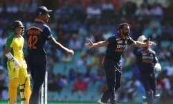 Live Cricket Score India vs Australia 1st ODI 2020: Shami