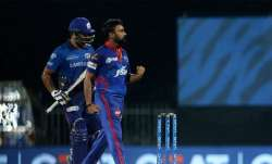 Amit Mishra celebrates after dismissing Rohit Sharma