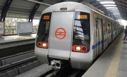Woman 'accidentally' falls on Delhi Metro tracks, suffers minor injuries