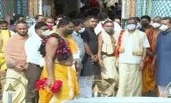 CJI NV Ramana, Chief Justice of India NV Ramana, NV Ramana offers prayers, Shree Jagannatha Temple,