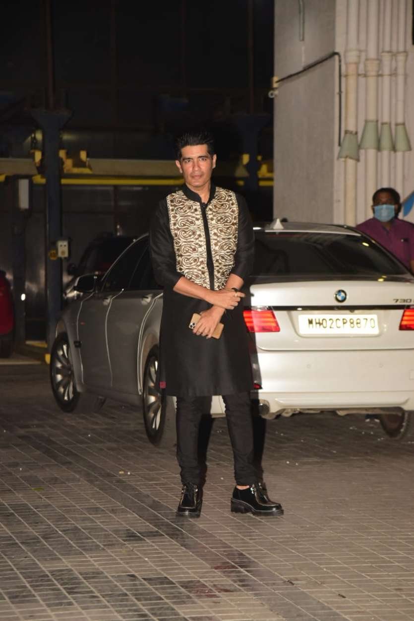 Fashion designer Manish Malhotra was also present at the bash and looked stylish as always in his black kurta and pajama set.